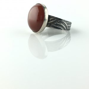 Silver Ring Carnelian Cabochon Round