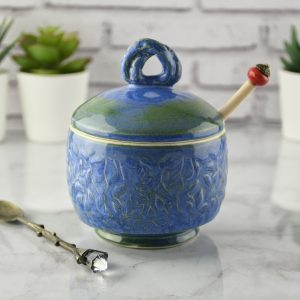 sugar-dish-with-a-spoon-blue-porcelain