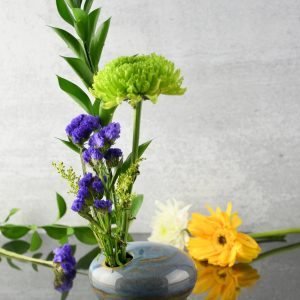 ikebana-vase-blue-and-gold