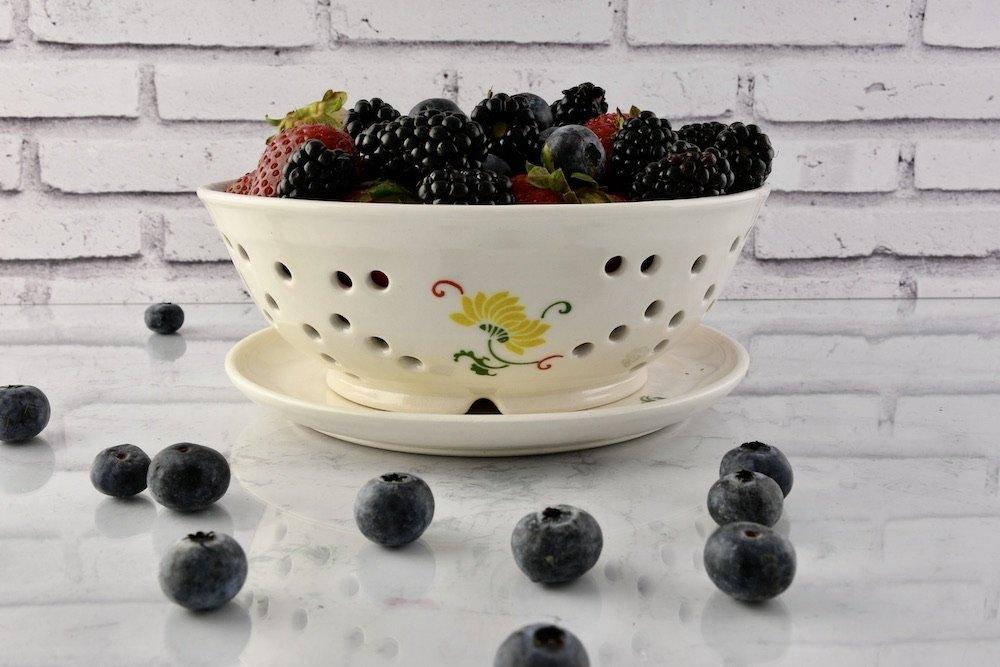 Sweet-berry-bowl