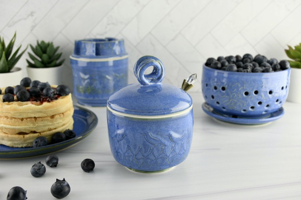 sugar-jar-with-spoon
